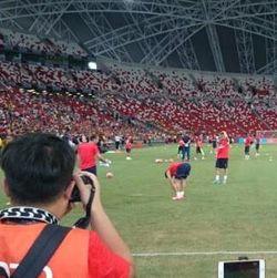 Serunya Latihan The Gunners di Stadion Nasional
