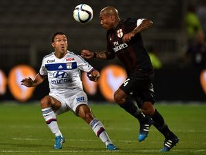 Lyon Kalahkan Milan di Laga Uji Coba