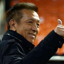 Mencermati Sepak Terjang Peter Lim dalam Industri Sepakbola