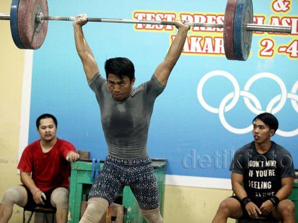 9 Lifter Dites Indonesia Sports Medicine Centre