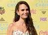 Bella Thorne hingga Britney Spears di Teen Choice Awards 2015