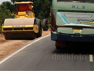 Pelebaran Jalan Trans Sumatera di Indralaya