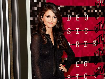 Selena Gomez, Sederhana tapi Cantik Banget