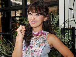 Ana Riana Jadi Model Agar Bisa Bayar Sekolah Sendiri