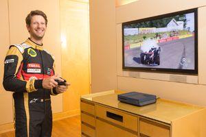 Wahai Gamer, Berani Kalahkan Tim Lotus F1?