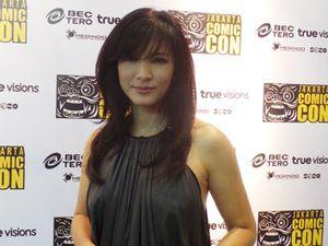 Cerita Tangan Kasar Si Cantik Bintang X-Men 2 Kelly Hu