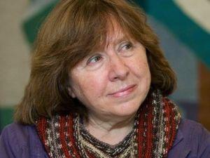 Jurnalis Asal Belarusia Svetlana Alexievich Raih Nobel Sastra 2015