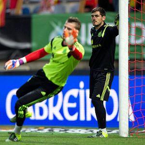 De Gea vs Casillas: Saatnya Suksesi Terjadi di La Furia Roja?
