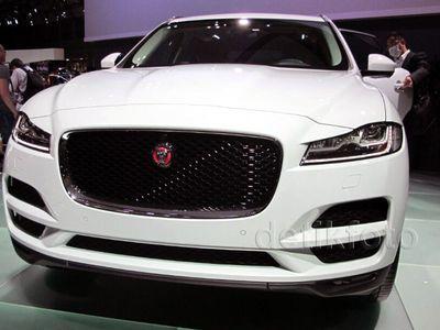Dikepung Pabrikan Jepang, Jaguar F-Pace Jadi Jawabannya
