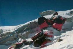 Mahalnya Meninggal di Puncak Everest