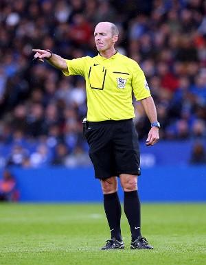 Apakah Wasit Mike Dean Ikut Merayakan Gol Tottenham?