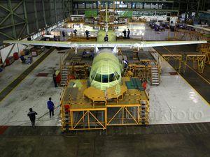 Melihat Pembuatan Pesawat CN 295 dan CN 235
