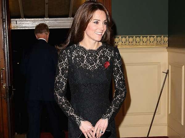 Kate Middleton Elegan Dibalut Dress Hitam
