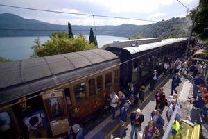Jalur Kereta Terpendek Sedunia Dibuka di Vatikan
