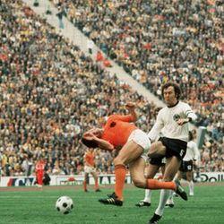 Jerman vs Belanda sebagai Pengingat Kematian Total Football