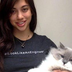 Bernama Isis, Gadis Cantik Ini Diblokir Facebook