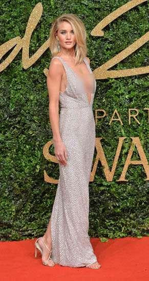 Lady Gaga Sampai Victoria Beckham di British Fashion Awards 2015