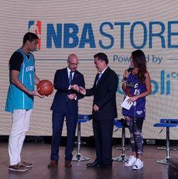 Pernak-Pernik Resmi NBA Kini Tersedia di Blibli.com