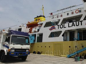 Kapal Tol Laut  Angkut Sapi Tiba di Tanjung Priok