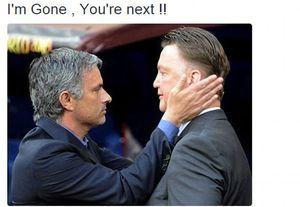 Meme Mourinho: Jadi Sopir Bus & Diketawain Wenger