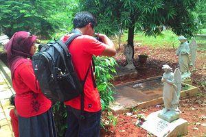 dTraveler Jelajahi Museum Nasional & Misteri Taman Prasasti