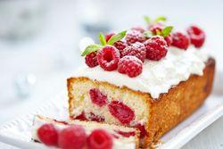 Mau Ngemil Fruitcake atau Gingerbread Cookies? Cek Dulu Kalorinya!