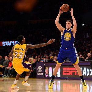 Warriors Menang Mudah atas Lakers