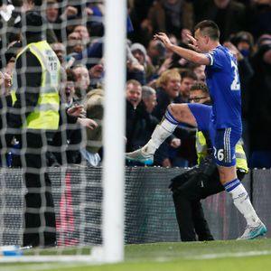 Terry pada Laga ke-700 di Chelsea: Buat Gol Bunuh Diri dan Gol Penyelamat