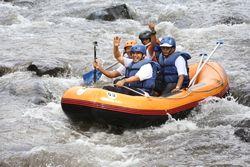 Kenalkan Arung Jeram, Banyuwangi Gelar Festival Karo Rafting & Tubing
