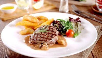 Nikmatnya Menyantap Beefsteak Wagyu Empuk dengan Harga Terjangkau
