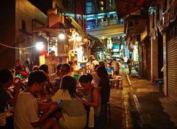 5 Tips Menemukan Street Food Nikmat di Hong Kong