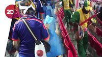 Fans Senegal dan Jepang Punguti Sampah Usai Pertandingan