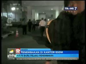 Polisi Buru Pelaku Penembakan di Kantor ESDM