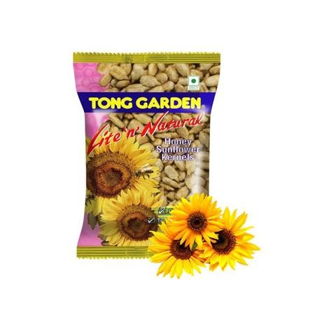 Salah satu produk dari Tong Garden adalah Sunflower Kernel. Merupakan Biji bunga matahari yang dikupas dan diberi taburan rasa madu. Menambah kenikmatan rasa kuaci gurih dan manis.