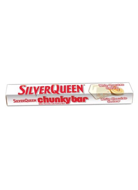 Silverqueen Chunky Bar White [100 g] adalah coklat Silverqueen Chunky White dari perpaduan pas antara white coklat dan kacang mete di dalamnya yang menghasilkan pengalaman makan coklat yang akan membuat ketagihan. Nikmati manisnya white coklat dan gurihny