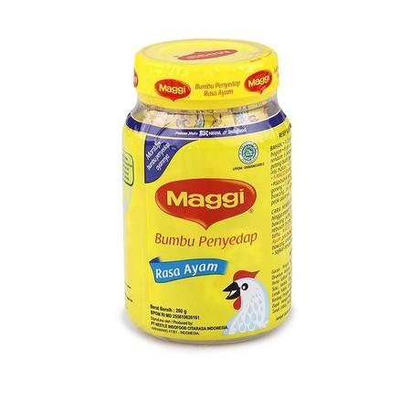 Bumbu kaldu Maggi adalah kaldu instan yang terbuat dari bahan-bahan pilihan, dari daging ayam dan daging sapi terbaik ditambahkan dengan bumbu-bumbu pelengkap yang membuat Bumbu kaldu Maggi memiliki citrarasa dan aroma yang begitu kuat dalam kelezatannya.