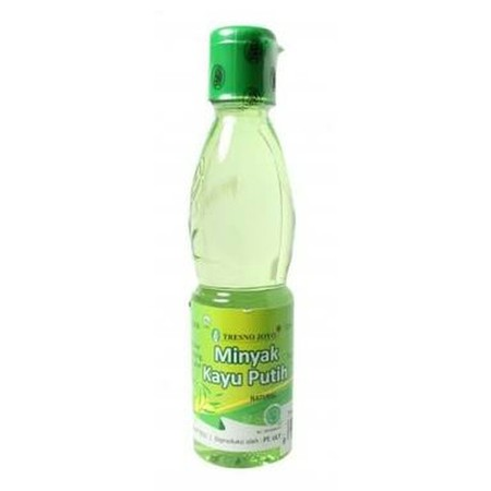 Tresno Joyo Minyak Kayu Putih Botol 120ml adalah minyak yang digunakan Ibu untuk menghangatkan tubuh si kecil. Dibuat dari bahan alami yang aman di kulit anak. Gunakan minyak telon ini setelah bayi mandi atau saat merasa kedinginan. Manfaat Terbuat dari b