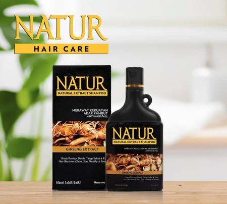 Natur merupakan shampo yang mengandung 7 Natural Oil dan diperkaya dengan vitamin E, UVA dan UVB filter yang dapat menutrisi dan merawat kilauan rambut agar tampak sehat dan cantik bercahaya. Diformulasikan untuk melindungi rambut, Menjadikan rambut lebih