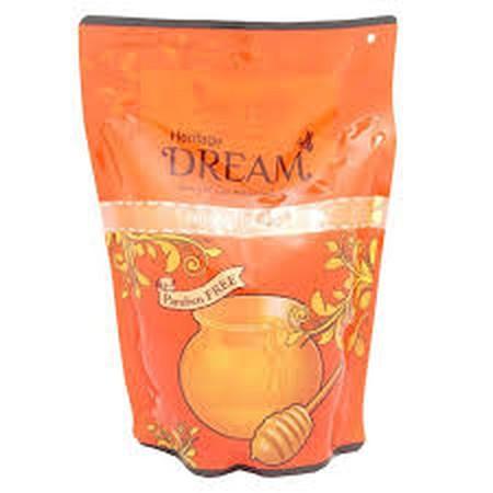Sabun Mandi Cair Dengan Kandungan Honey & Shea Butter Dan Paraben Free Yang Dapat Merawat Kelembaban Alami Kulit Dan Menjadikan Kulit Terasa Halus Dan Lembut.