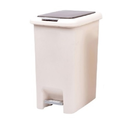 Square plastic dustbin. Size: Length 27 * Width 20 * Height 35 CM Material: PP Color: Beige + Dark Brown Available in sizes 10LT & 15LT