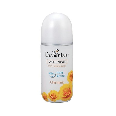 Rasakan Manfaat Dari Enchanteur Whitening Roll-On Deodorant Charming Dengan Kandungan Ekstrak Licorice Dan Kulit Kayu Willow Yang Membantu Mencerahkan Kulit Serta Memperkecil Pori. Diperkaya Dengan Anti-Perspirant Serta Wangi Floral Sensual Yang Tahan Lam