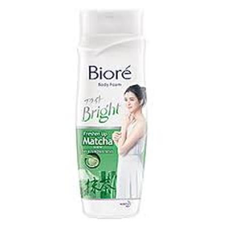 Biore Bright Body Foam! Sabun mandi pertama di Indonesia dengan teknologi Japan Bright Micellar & Hyaluronic Acid, untuk kulit cerah, kenyal, bercahaya. Mencerahkan kulit dengan sensasi Matcha yang unik dan menyegarkan. Diperkaya dengan Hyaluronic Acid ya