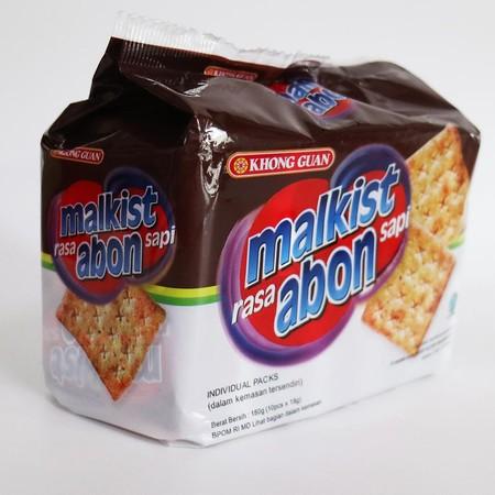 Malkist Merupakan Cracker Dengan Taburan Abon Yang Banyak. Cocok Bagi Kamu Yang Menyukai Abon