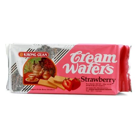 Wafer Dengan Krim Rasa Strawberry Merupakan Biscuit Rasa Strawberry Yang Tebal Dan Renyah Saat Dimakan.