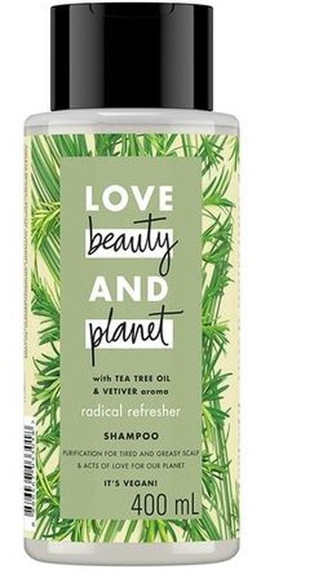 Radical Refresher shampoo membersihkan rambut secara menyeluruh, membuatnya tampak lebih bervolume. Dilengkapi dengan kandungan bahan alami Australian Tea Tree Oil dan keharuman Vetiver yang mewah dan menyegarkan. Kembalikan kesegaran rambut yang bersih m