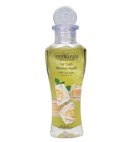Mustika ratu air sari mawar. Mengandung White Rose Essential Oil. Menyegarkan dan melembutkan kulit wajah menua.