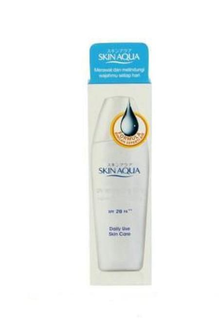 Sunblock yang cocok dipakai untuk kulit yang sensitif dan berjerawat. Mengandung SPF 25 PA++ untuk perlindungan 25x lebih lama terhadap sinar UV-B yang menyebabkan kulit terbakar dan PA++ untuk perlindungan terhadap UV-A yang menyebabkan penuaan dini dan