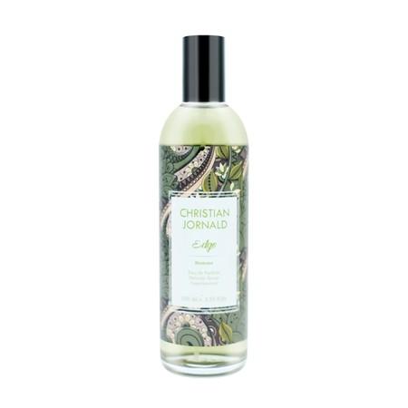 Christian Jornald Perfume - Edge [100 mL] merupakan parfum yang dibuat dari bahan-bahan berkualitas. Parfum ini memiliki wangi yang tahan lama namun tidak menyengat. Hadir dengan ukuran 100mL, parfum ini praktis dan dapat di bawa kemana saja.