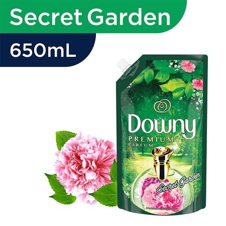 Downy Pelembut Pakaian Refill Secret Garden 650Ml Merupakan Pelembut Pakaian Yang Dapat Sekaligus Mengharumkan Pakaian. Dengan Wangi Secret Garden Yang Mempesona, Penuh Dengan Harum Bunga Dan Dedaunan Hijau. Parfum Mikro Kapsulnya Yang Unik Tetap Berada D