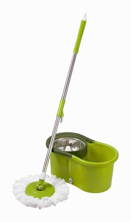 Spin mop berbahan plastik dengan pengering stainless